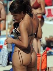 Hot erotic pictures about sexy beach..