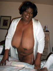 Amateur black mature girlfriends show..